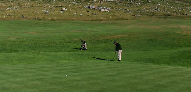 Golf Tips: Chipping is the Quickest Way to Lower Your Score